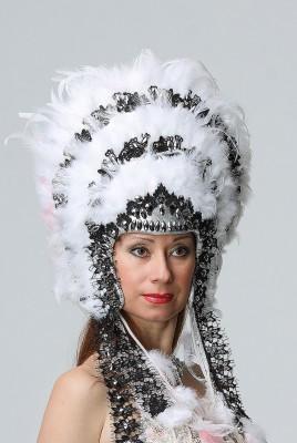 Крутая белая шапка