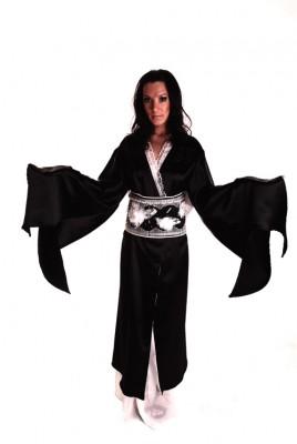 Кимоно черно-белое в аренду