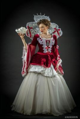 Аренда королевского костюма
