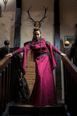 Платье в средневековом стиле