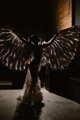 Воздушные белые крылья для фотосессий